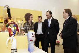 La reina Sofía visita la fábrica de Lafiore, en s'Esglaieta