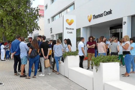 Los empleados de Thomas Cook cobrarán la nómina de septiembre esta semana