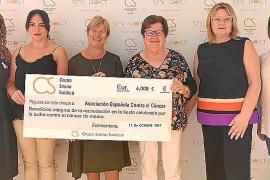 La segunda fiesta rosa solidaria del Hotel Cala Saona recauda más de 10.000 euros para AECC