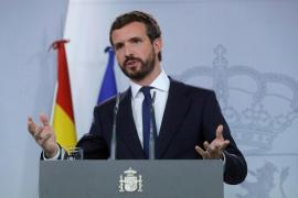 Pablo Casado insta a Pedro Sánchez a que actúe la Fiscalía contra Torra