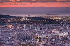 Nítida silueta de Mallorca vista desde Barcelona