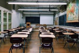El instituto solicita medidas para impedir que el alumno que dio una paliza a su profesora vuelva a clase
