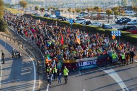 Las 'Marchas por la libertad' llegan a Barcelona en plena huelga general