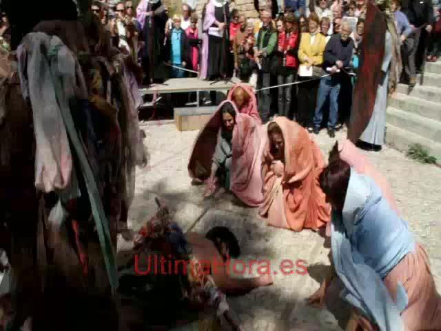 Numerosa participación en el Sant Enterrament más tradicional