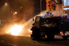Nueva noche de altercados en Cataluña con 54 detenidos y 182 heridos