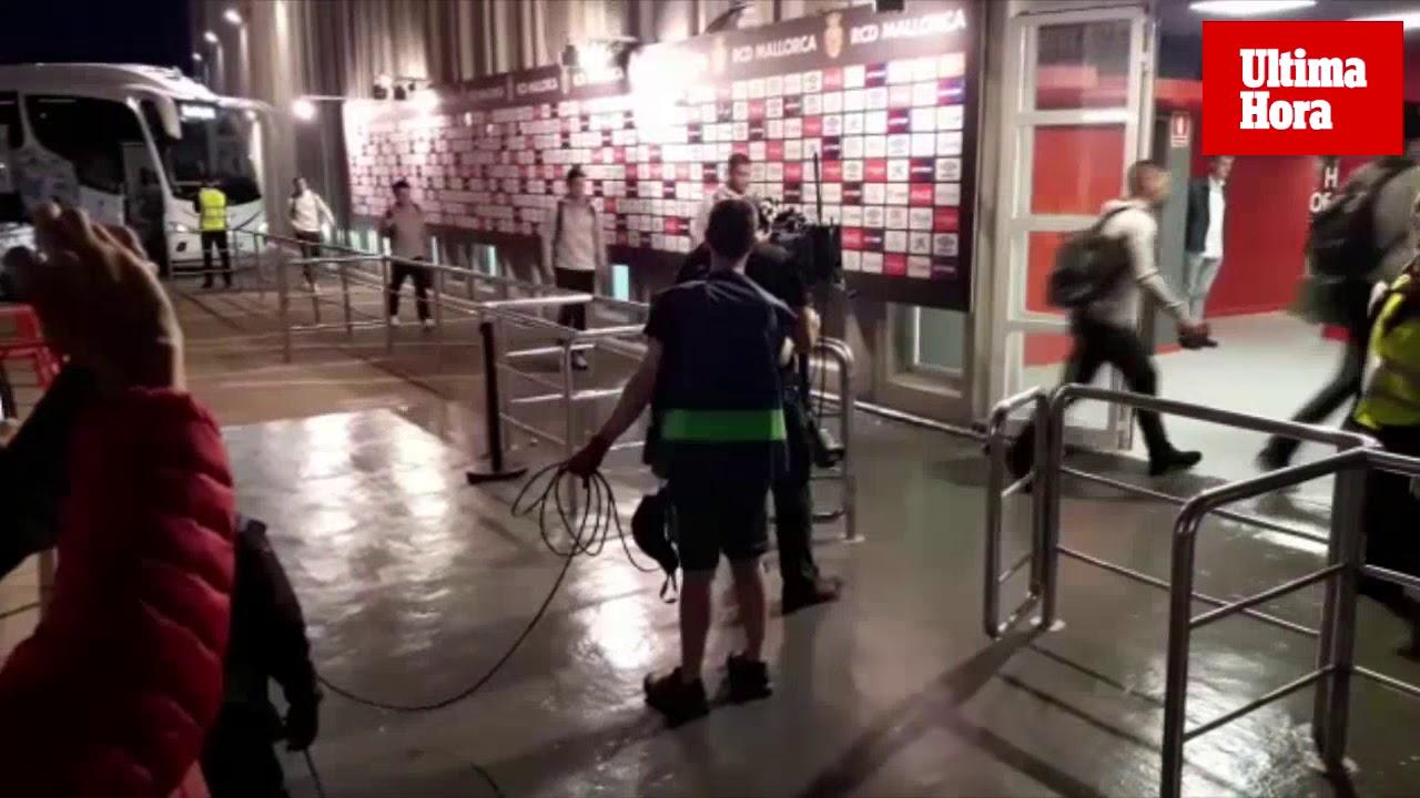Expectación a la llegada de Real Mallorca y Real Madrid a Son Moix