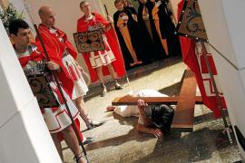 Santa Mónica, fiel a su Vía Crucis