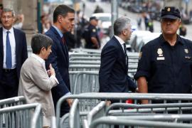 Sánchez defiende en Barcelona la «moderación» de la policía