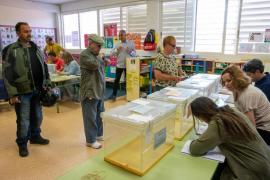No ir a una mesa electoral está penado con cárcel o multa