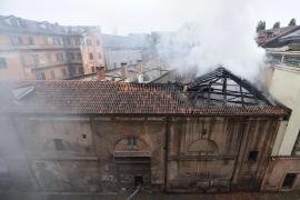 Un incendio destruye los establos reales de la Cavallerizza Reale de Turín, patrimonio de la humanidad