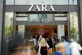 El método con el que una mujer conseguía devolver ropa usada en tiendas de Zara
