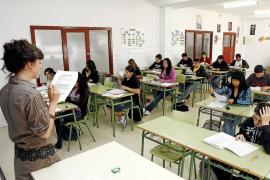 Ampliar las horas lectivas supondrá menos horas de libre disposición o más jornada laboral