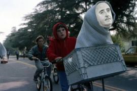 Los mejores 'memes' de la exhumación de Franco