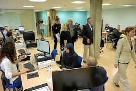 Gobierno y Policía Nacional refuerzan las oficinas de Extranjería en Baleares por el 'Brexit'