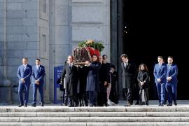 Francisco Franco, exhumado del Valle de los Caídos 44 años después