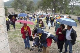 Los vecinos del Pla desafían al mal tiempo para celebrar los Pancaritats