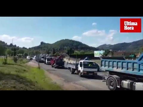'Tractorada' en Andratx por el cierre de marinas secas