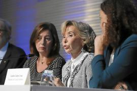 María Teresa Fernández de la Vega pide control de los servicios públicos a los consejos consultivos