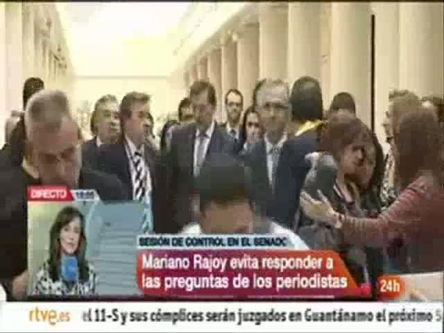 Rajoy huye de los periodistas para no responder preguntas sobre la situación de los mercados