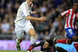 Atlético y Real Madrid afrontan un derbi de necesidades