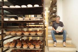 Joan Seguí, del Forn Santfrancesc, publica un volumen de recetas