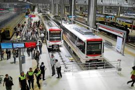 El Govern pagará con la ecotasa la ampliación del metro hasta el ParcBit