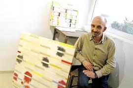 Joan Soler expone en Alaró las telas más depuradas de 'Jardí cremat'