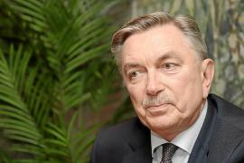 Yuri P. Korchagin: «Apoyamos una España unida, sólida y fuerte dentro de la UE»