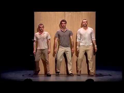 La compañía de circo Eia presenta 'inTarsi' en el Teatre Principal de Palma