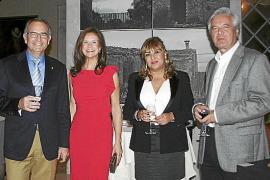 Inauguración de la exposición El Vinyet en el Castillo Hotel Son Vida