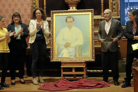 El Consell desvela el retrato de Eaktay Ahn, primer director de la Simfònica de Baleares