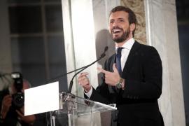 Casado se compromete a estar una vez por semana en Cataluña si es presidente