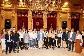 Los alumnos de Aula Balear, los que mejor debaten sobre economía de Baleares