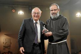 Gil Parès, superior de los frailes Caputxins: «Es bueno pensar en los que lo pasan mal en el mundo actual»
