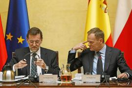 Rajoy asegura que los recortes en sanidad y educación se aprobarán este mes