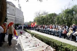 La campaña electoral se cuela en el acto de Memòria de Mallorca en el Muro de la Memoria