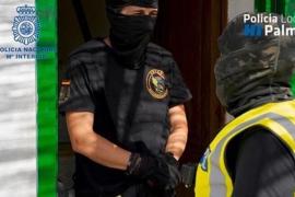 Detienen a cuatro personas por vender droga en Pere Garau