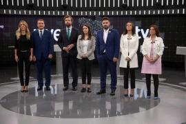 La solución para Cataluña enfrenta a los partidos en el primer debate electoral