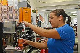 El empleo alcanza un récord en octubre en Baleares y el paro se estabiliza