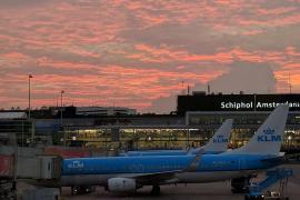 Investigan el posible secuestro de un avión de Air Europa en Ámsterdam