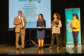 La entrega de premios del concurso literario 'Joana Maria Pol i Fiol' del IES Santa María, en imágenes (Fotos: Toni. P.).