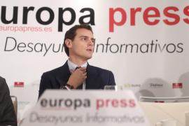 Rivera se «arremangará» para «desbloquear España»