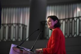Reyes Maroto: «Nadie ve una crisis a corto plazo en la economía española»