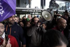 Iglesias pide el voto del PNV y EH Bildu para evitar una «recentralización»