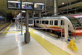 El metro Palma-UIB sigue averiado y se mantienen para este viernes las alternativas en autobús