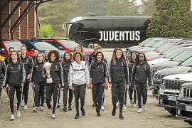 Jeep, con las campeonas de la Juventus en Balocco