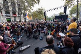 Unas 700 personas asisten al acto de Tsunami Democràtic en Barcelona