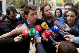 Errejón anima a votar para «cuidar la democracia en cada colegio electoral»