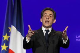 Sarkozy vuelve a ser abuelo seis meses después de ser padre