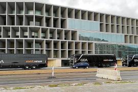 La patronal denuncia la llegada a Baleares de buses ilegales de Alemania